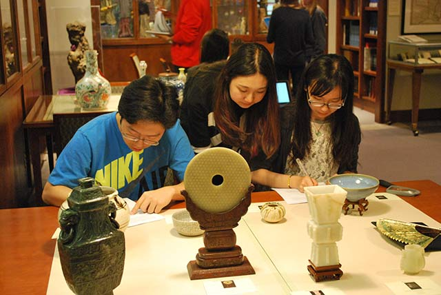 Special Collections - Yan Sun with Students Asian Art