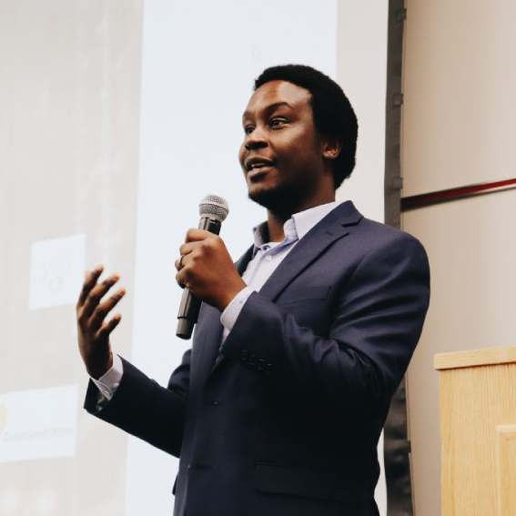 Munya Choga '12 uplifts fellow international students with mentorship nonprofit