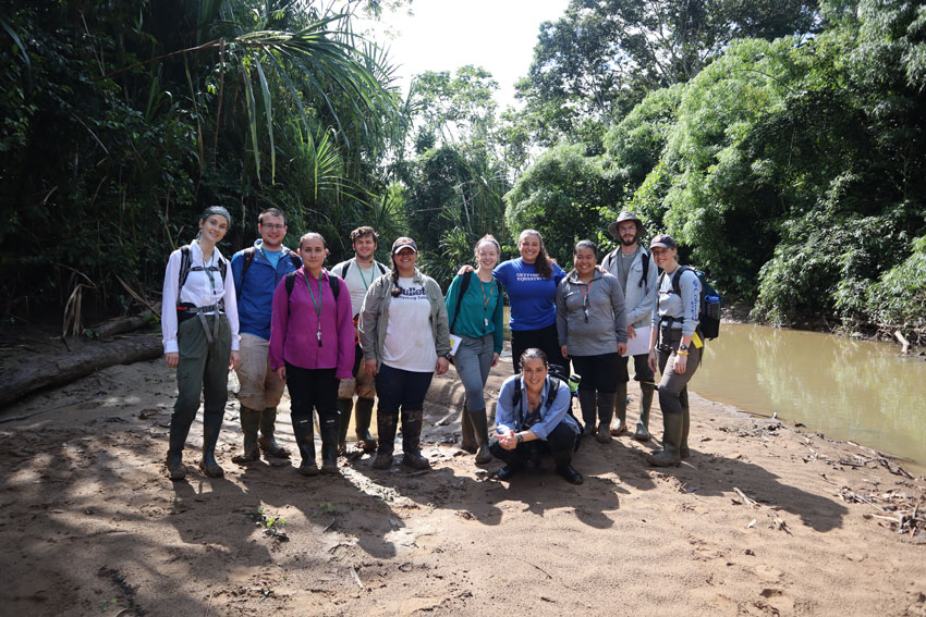 Group shot of students in the Amazon