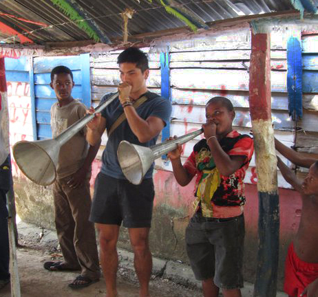 Playing horns in the DR
